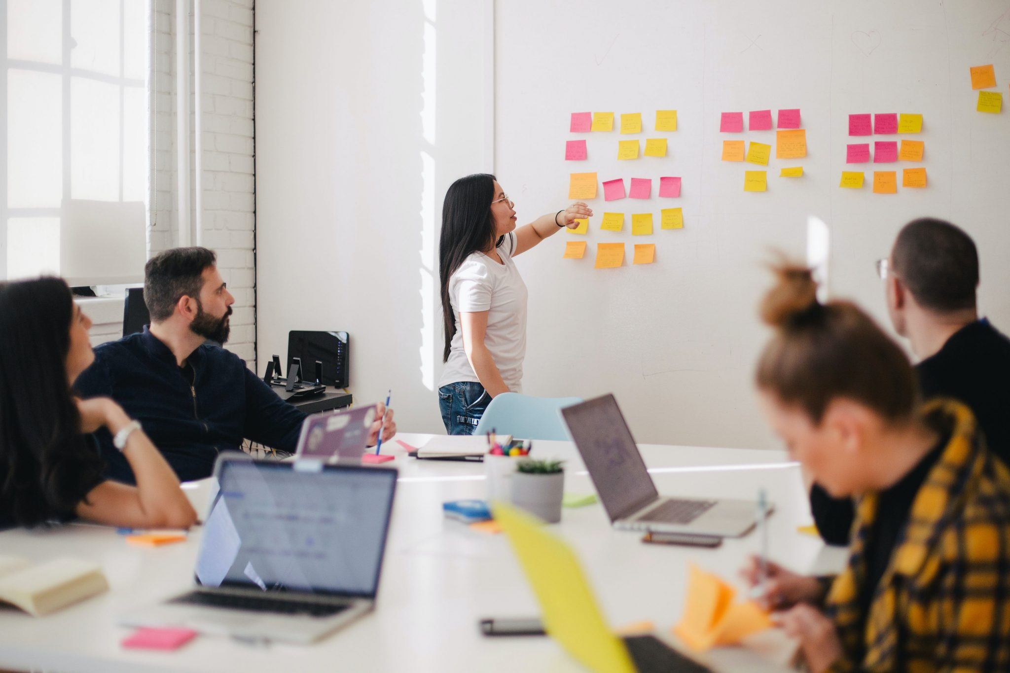 How Collaboration and Breaking Down Silos Can Benefit Your Ops Team